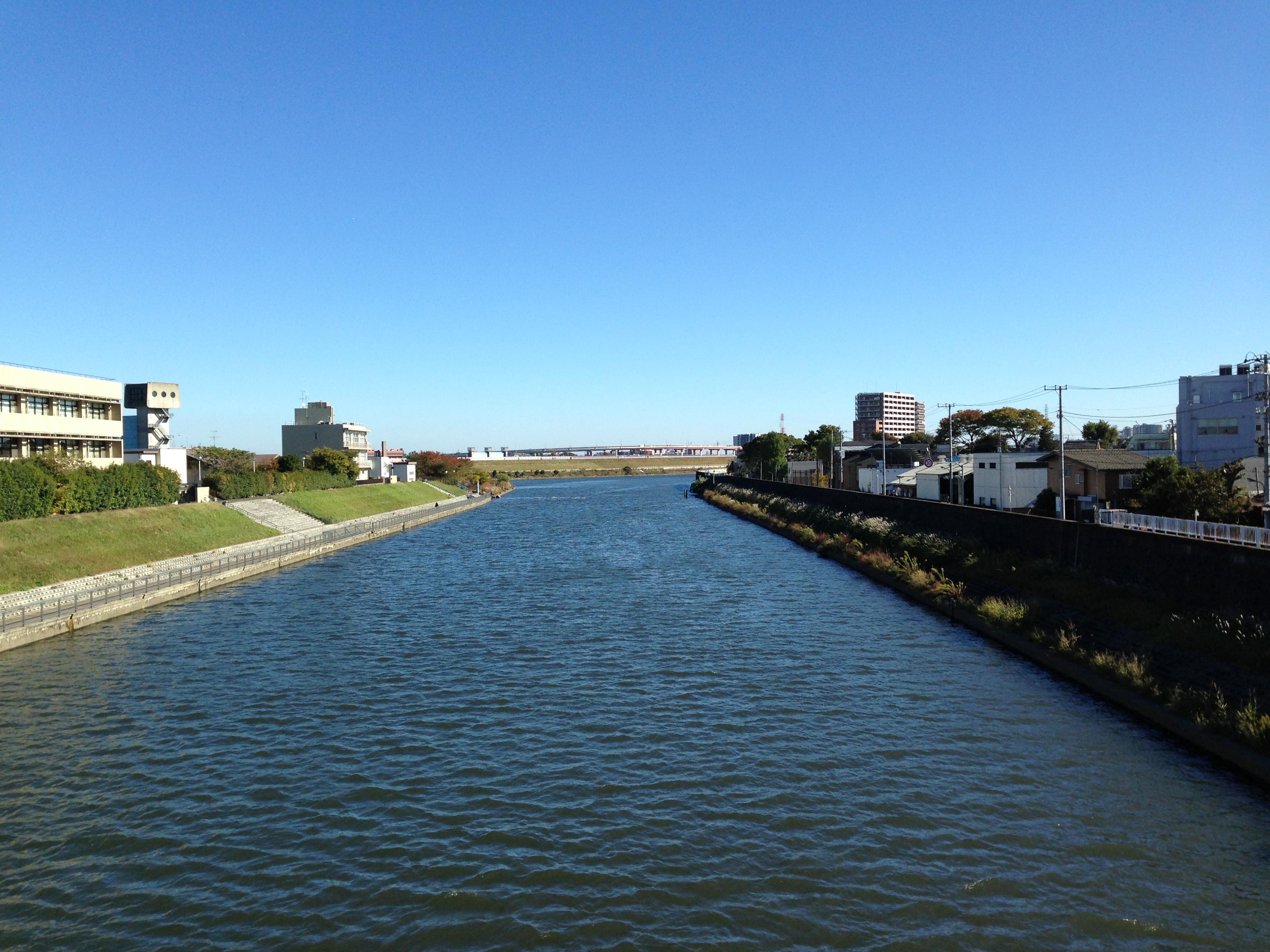 Vista general del puente hacia la derecha