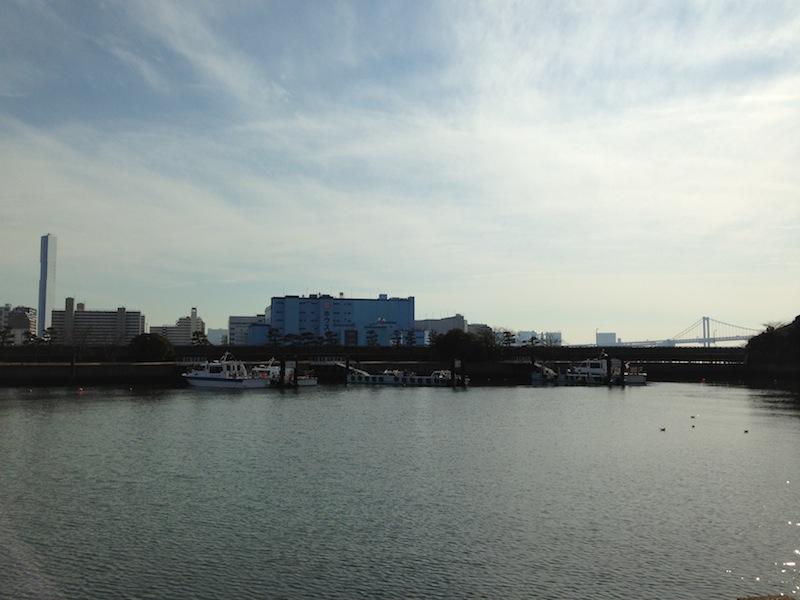 Río Sumida rodeando los jardines de Hamarykyu