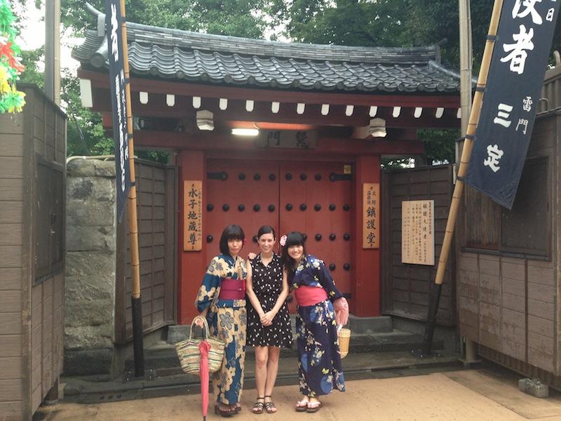 Lucía con Nao y Kana con Yukata