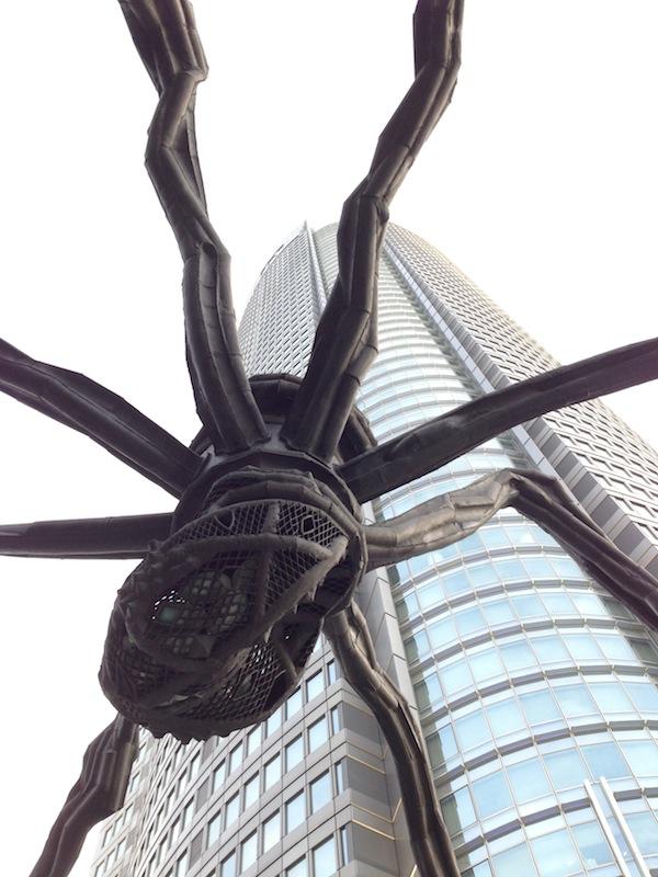 Rascacielos de Roppongi con la araña